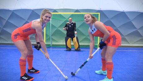 Zaalhockey, Lisanne de Lange en Mila Muyselaar