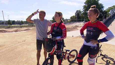 Zondag: BMX, Laura en Merel Smulders