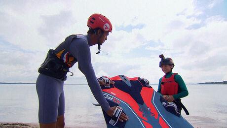 Windsurfen met Kiran Badloe