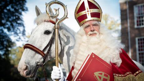 Het Sinterklaasjournaal viert feest